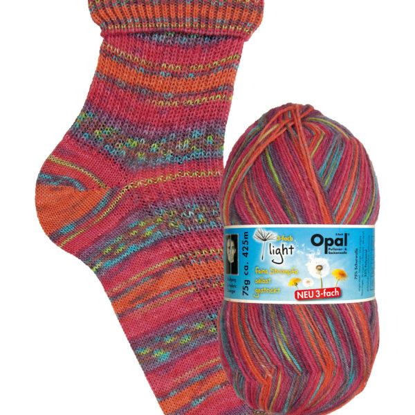 Opal Light 3 Ply Sock Yarn 9351 fluttering